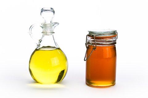 tẩy tế bào chết bằng dầu oliu